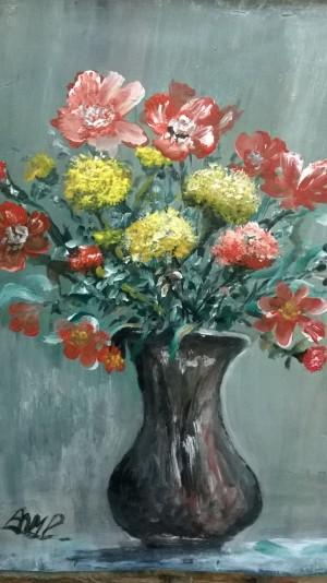 vase 50/50 by Ahmad ALMASRI