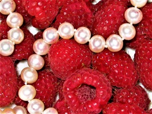 Raspberry pearls by Alla Aranovskaya