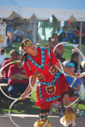 Native American hoop dance championship 2008 by Darryl Green