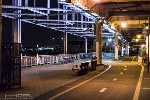 A Stroll Between Bridges by Hidden Grid