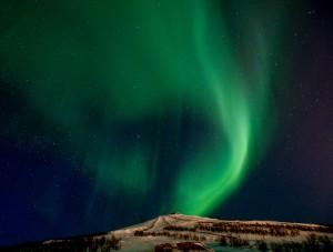 Aurora swirl by Jonas Sundberg