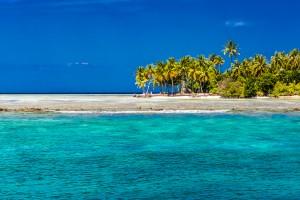 Tropical island background by Levente Bodo