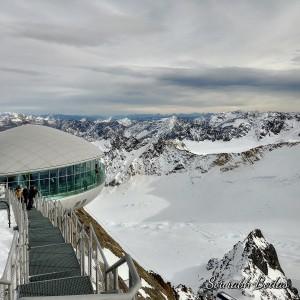Alpine Ski resort by Sourabh Bodas