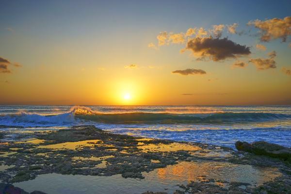 Brilliant Sunset at the Bay Hawaii Digital Download