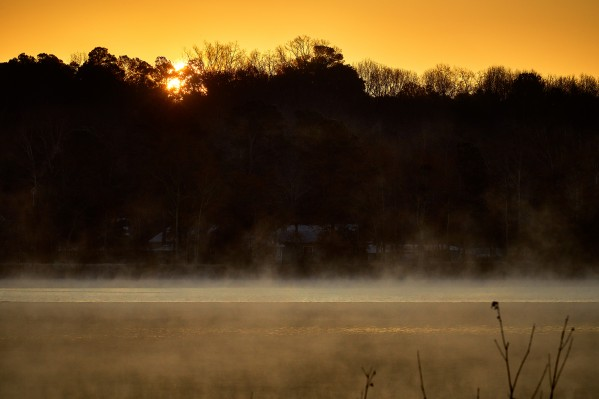 Sunrise at Langley Pond Park   Aiken SC 7R301610 12 19 20 by @ThePhotourist