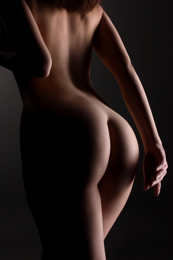 Nude_sensual_bodyscape_naked_attractive_young_woman_42 by Alessandrodellatorre