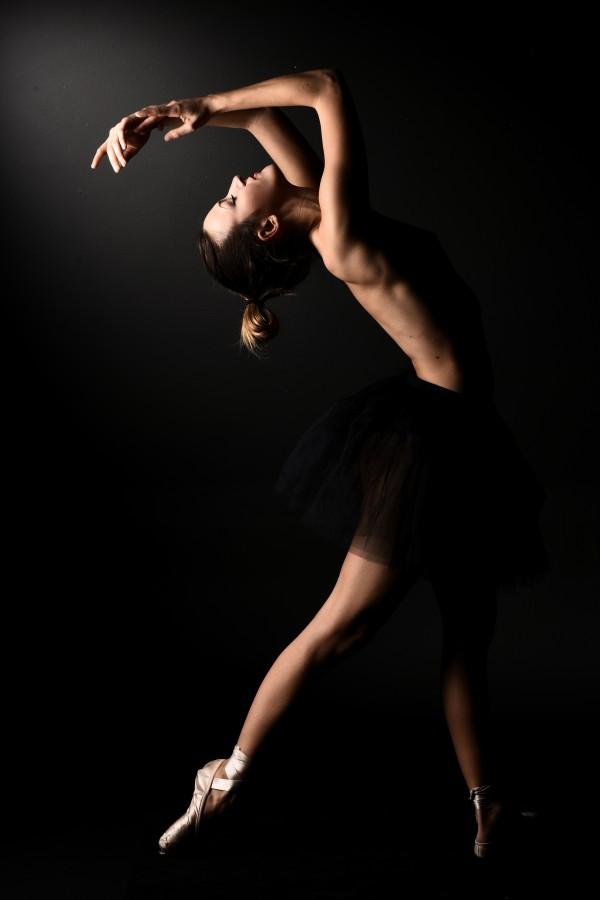 nude_ballet_classic_dancer_ballerina_naked_14 by Alessandrodellatorre