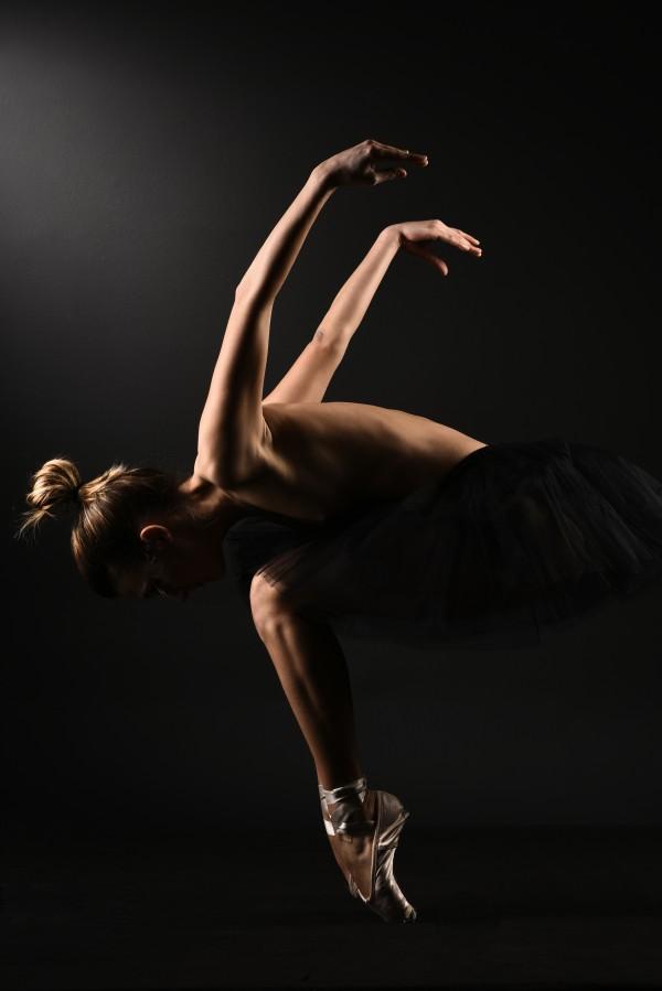 nude_ballet_classic_dancer_ballerina_naked_15 by Alessandrodellatorre