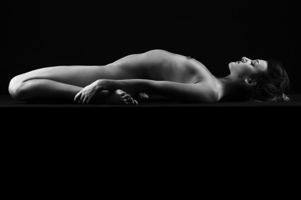 sexy_girl_young_sensual_woman_bw_5 by Alessandrodellatorre