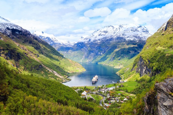 Hasil gambar untuk Geirangerfjord 600 x 400