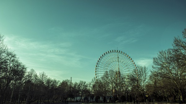 Ferris wheel by Arash Azarm