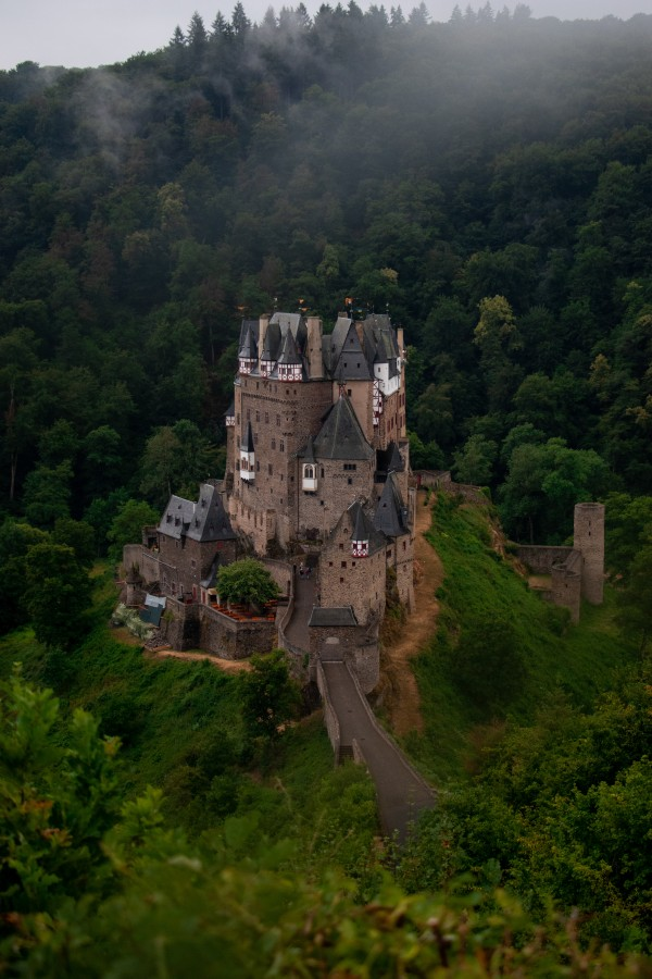 Burg Eltz by C-Nick Photography