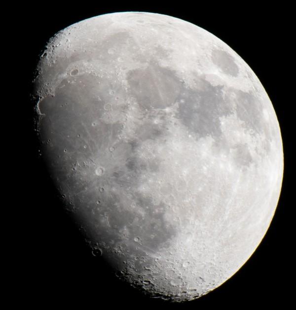 Lunar by Cameraman Klein