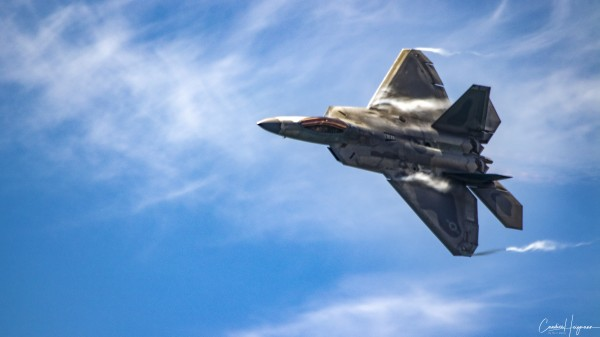 F-22 raptor by By the C Media
