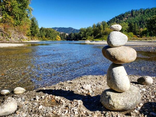 Balancing rocks  by Chang Dynasty 87