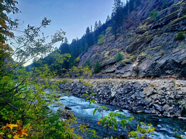Wenatchee River  by Chang Dynasty 87
