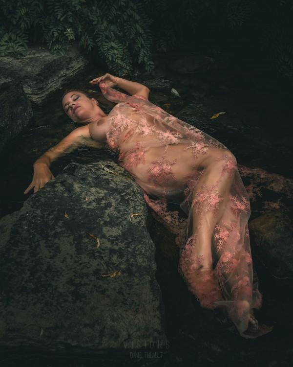 Mizu no hana 6 by Daniel Thibault artiste-photographe