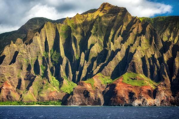 Kalalau Peak by Dave Tonnes