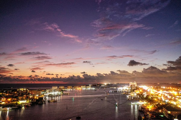 Harbor Purp by Destin30A Drone