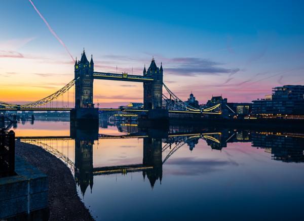 London Bridge by Elitephotos