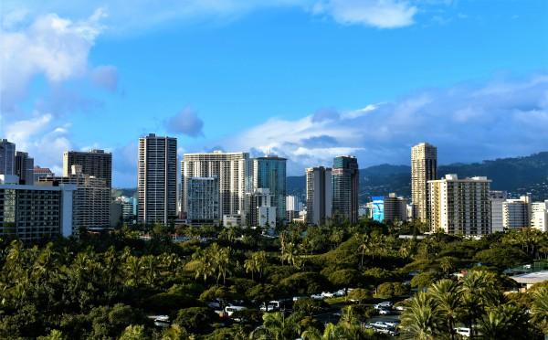 Downtown Honolulu by Eric Schmitz