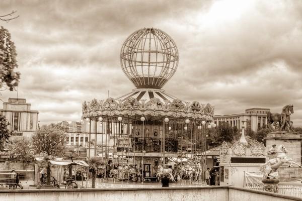 Paris Caroussel by Fabien Dormoy