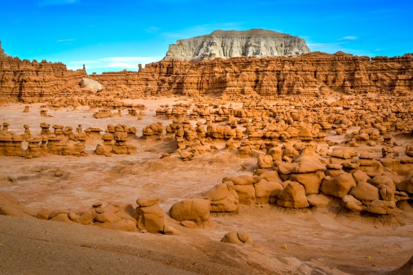 Goblin valley Utah USA by Francois Lariviere
