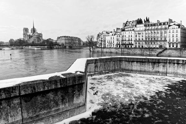 Snowy bridge                         by Hassan Bensliman
