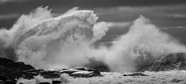 High seas at Port Bickerton by Jimmie Pedersen