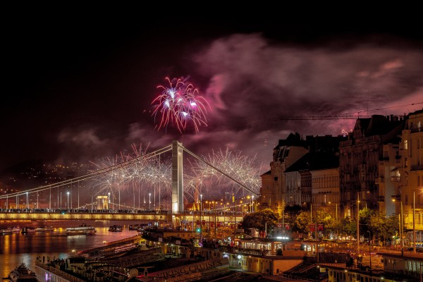 Fire Over the City  by Elitephotos
