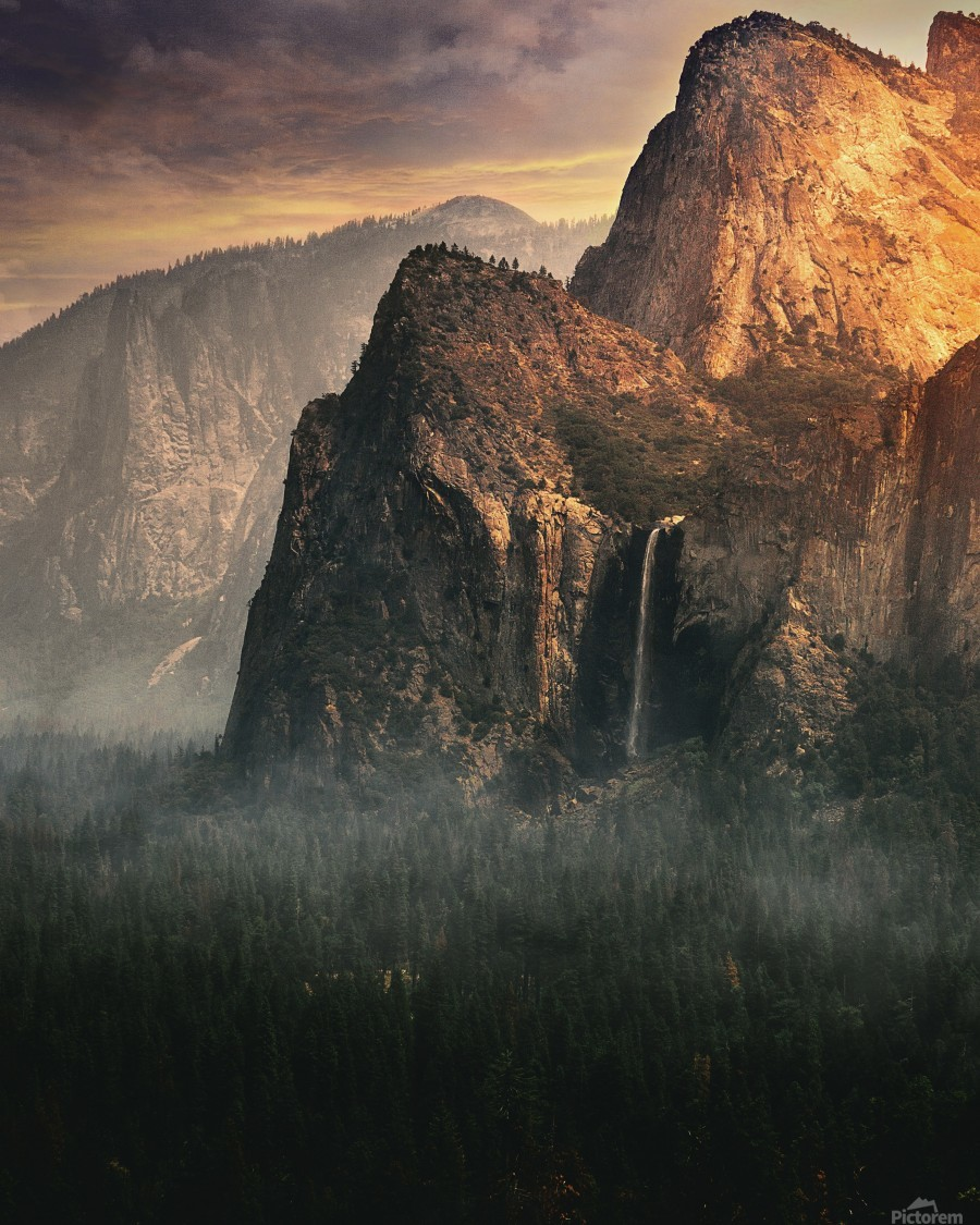 Bridalveil fall, Yosemite  Print