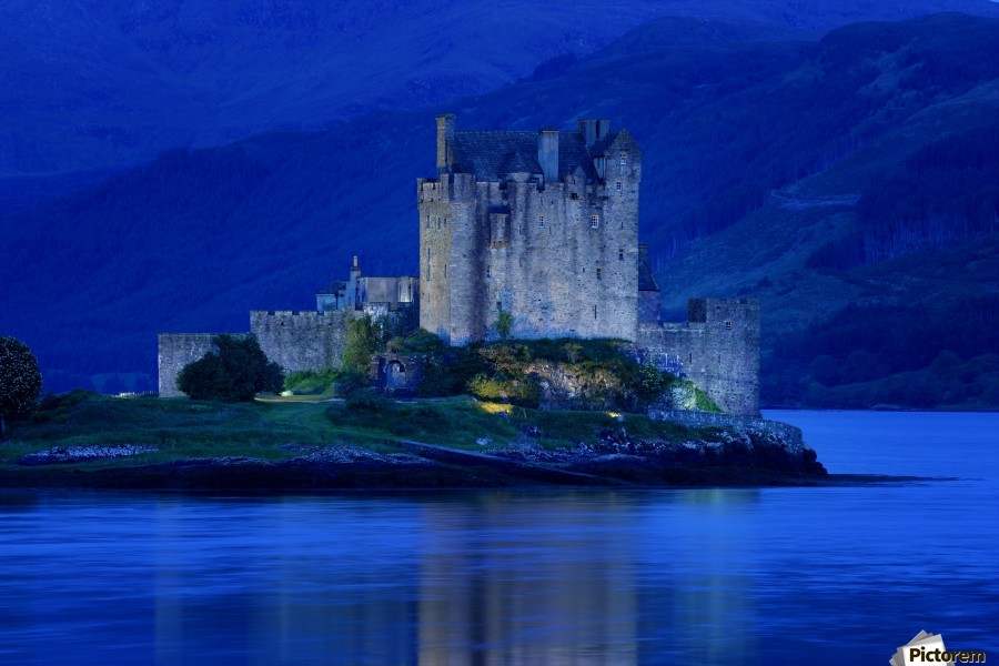 Eilean Donan Castle In Scotland  Print