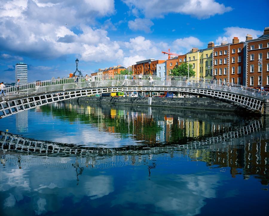 Ha Penny Bridge River Liffey Dublin Ireland