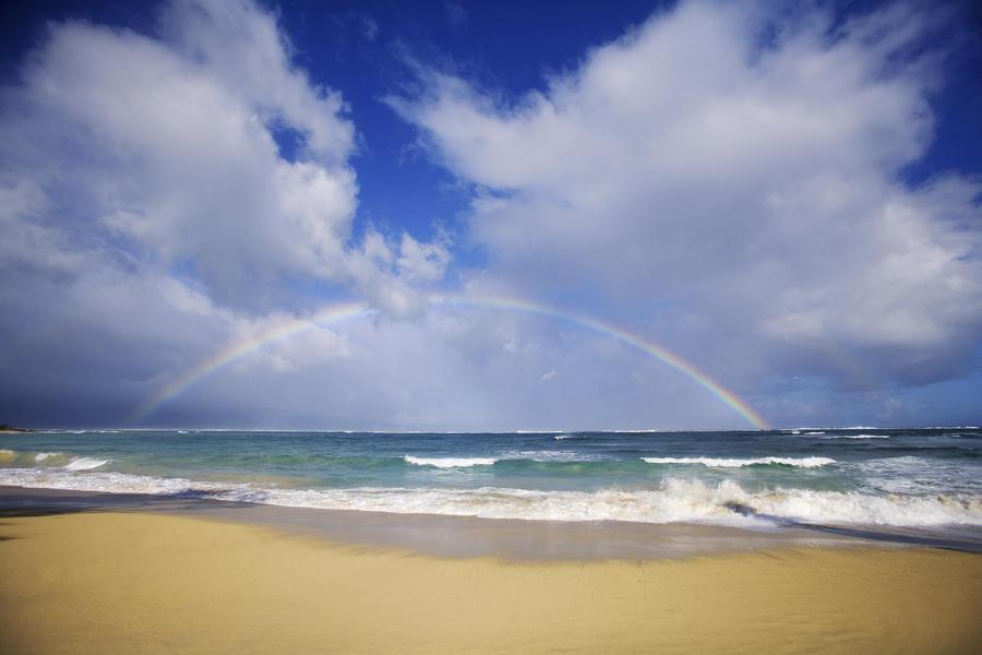 USA, Hawaii, Rainbow at Baldwin Beach; Maui  Print
