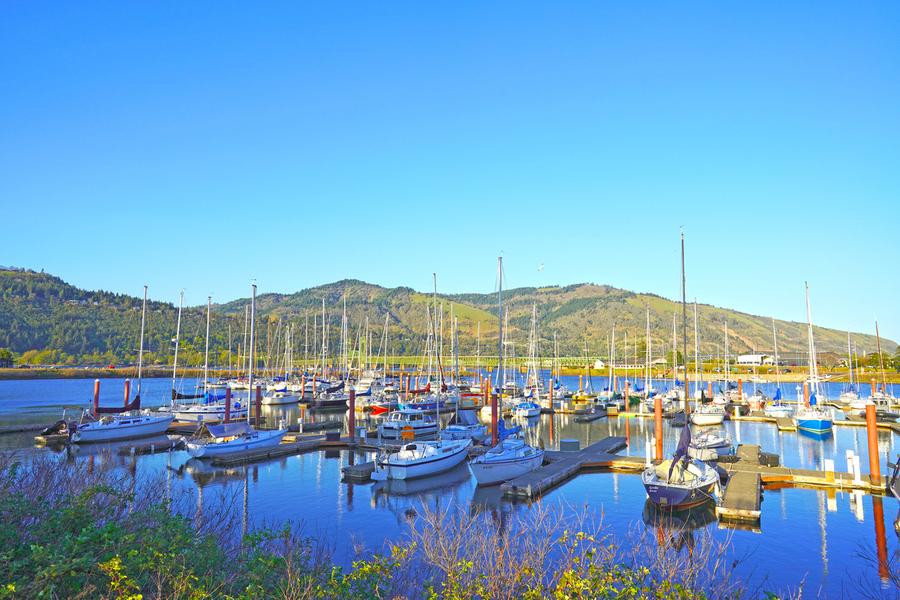Perfect Day at Hood River Marina   Oregon  Print