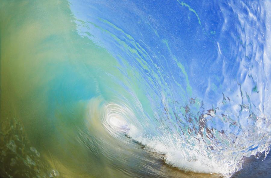 Hawaii, Maui, Makena, Beautiful blue wave breaking at the beach.  Print