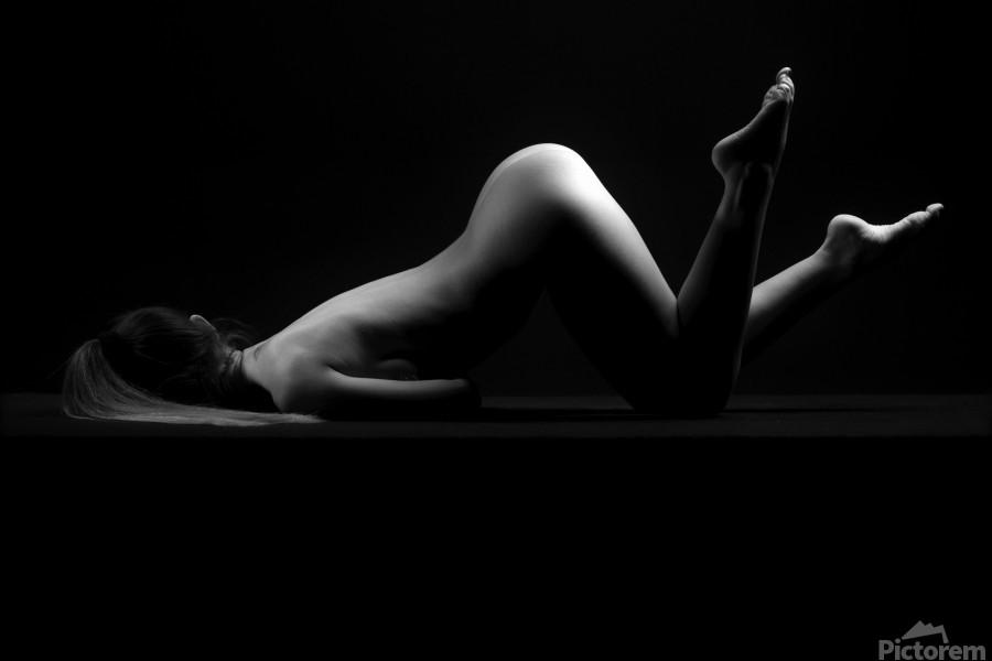 sensual_woman_nude_sexy_girl_laying_down_sleeping  Print
