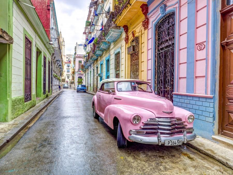 Vintage car on street of Havana, Cuba  Print