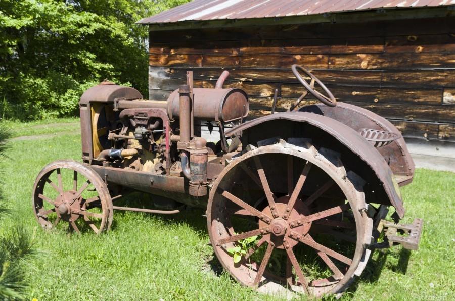McCormick-Deering gasoline tractor 2  Print