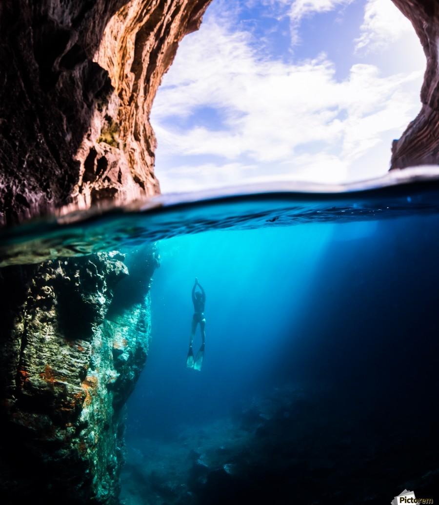 Cave diving vert  Print