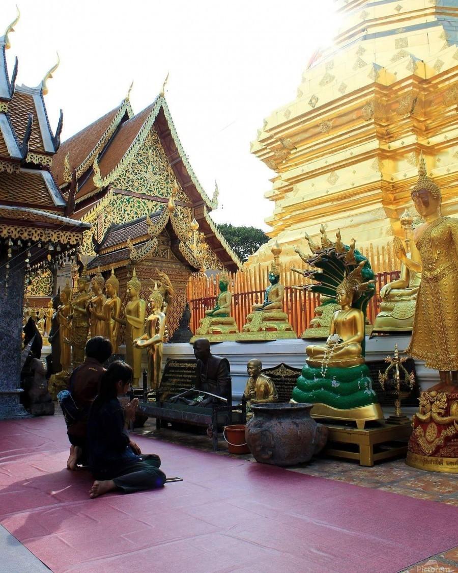 Praying at Doi Suthep  Print