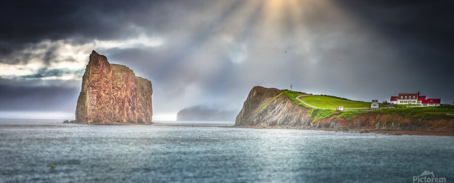 Cap Mont-Joli et son Rocher Perce  Print