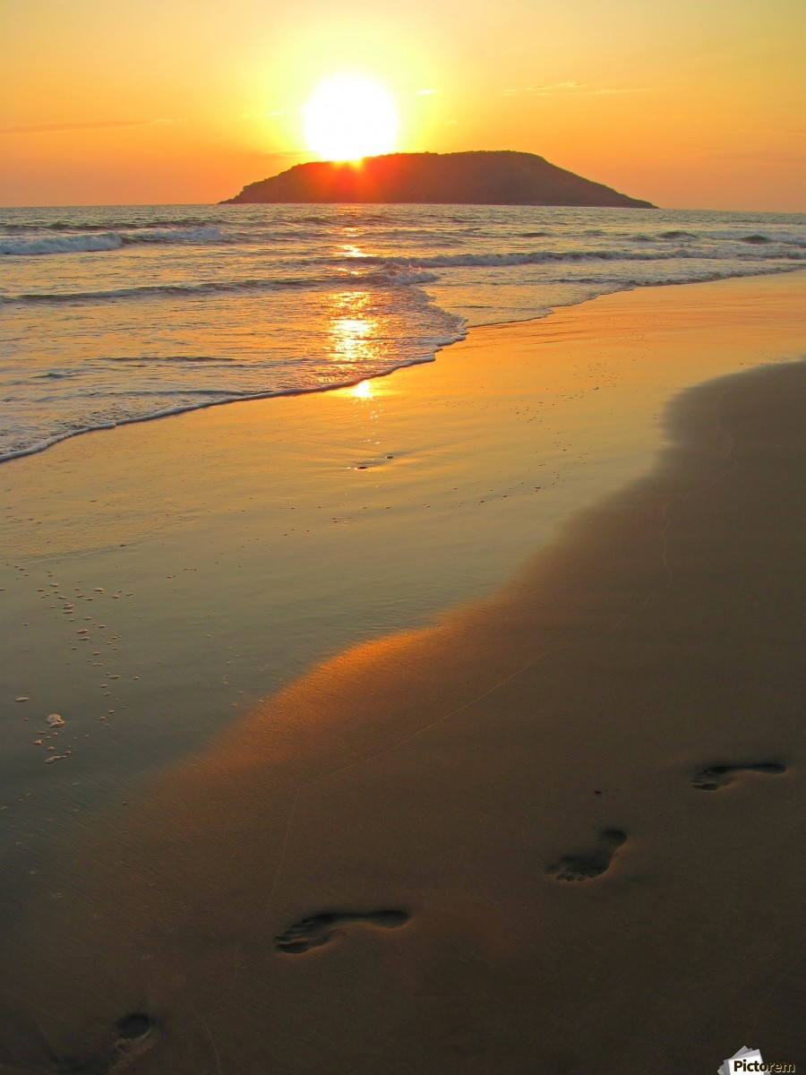Footsteps In The Sand Sunset | www.pixshark.com - Images ...