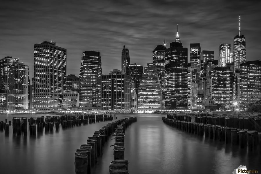 MANHATTAN SKYLINE Evening Atmosphere | Monochrome