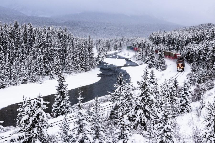 Morants Curve  Banff National Park  Print