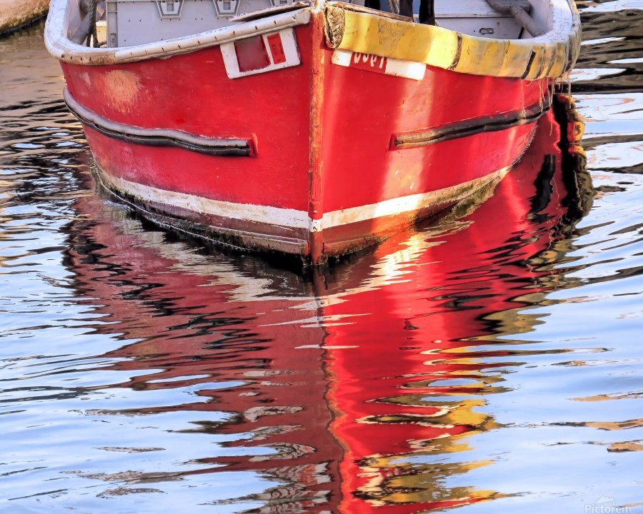 Red skiff reflections  Print