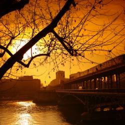 Bir-Hakeim bridge sunrise