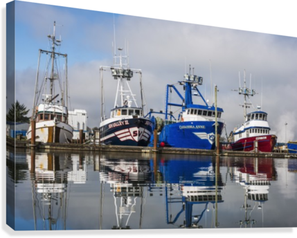Fishing boats moored at the dock; Warrenton, Oregon, United States of America Canvas print
