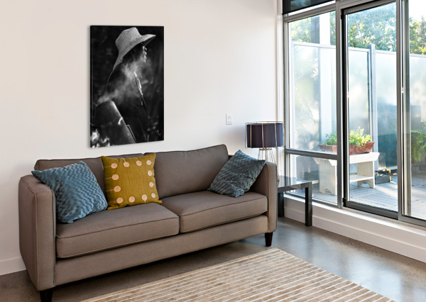 ROASTED CHESTNUTS_BNW BETTY DE OLIVEIRA  Canvas Print