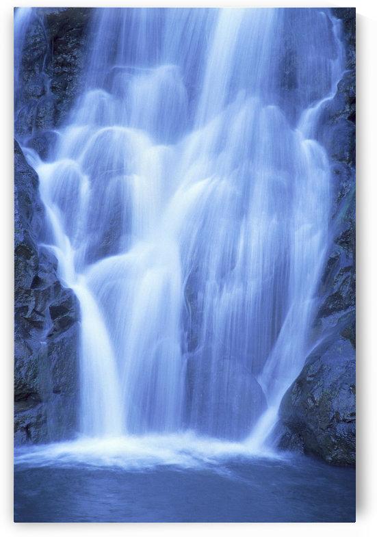 Hawaii, Oahu, North Shore, Waimea Falls Park, Waterfall Close-Up, Rushing Action A20D by PacificStock